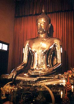 The solid gold Buddha that was lost for many years. Copyright David Priest