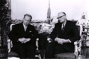 Arthur C. Clarke and Soviet cosmonaut Alexei Leonov, the first man to walk in space. Courtesy of Sir Arthur C. Clarke, 1968.
