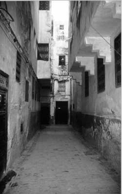 Corridors from an Arab dream. Copyright: Victoria Brooks, 1999.